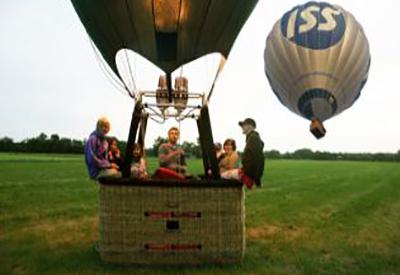 Impressie van Ballonvaren Met de wind mee